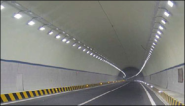 led_tunnel