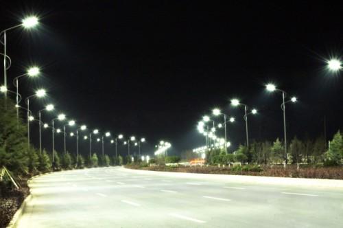 Sản phần đèn đường led 200W thông dụng vì những ưu điểm vượt trội