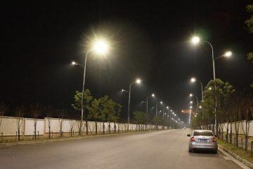 Đèn chiếu sáng đường phố loại led phù hợp thời tiết Việt Nam?
